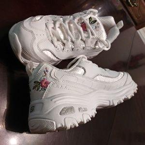White Skechers D'Lites Bright Blossoms